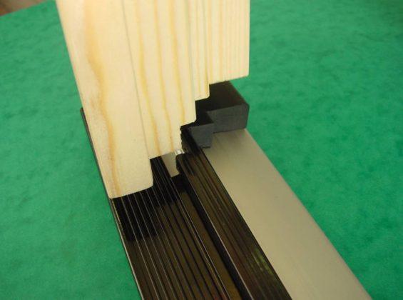 Aluminium profielen voor houten ramen en deuren